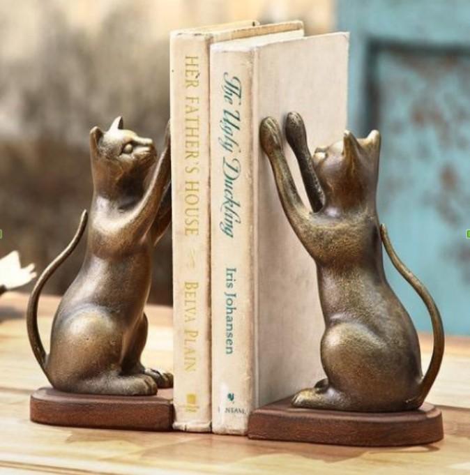 Cat design Decorative Bookend