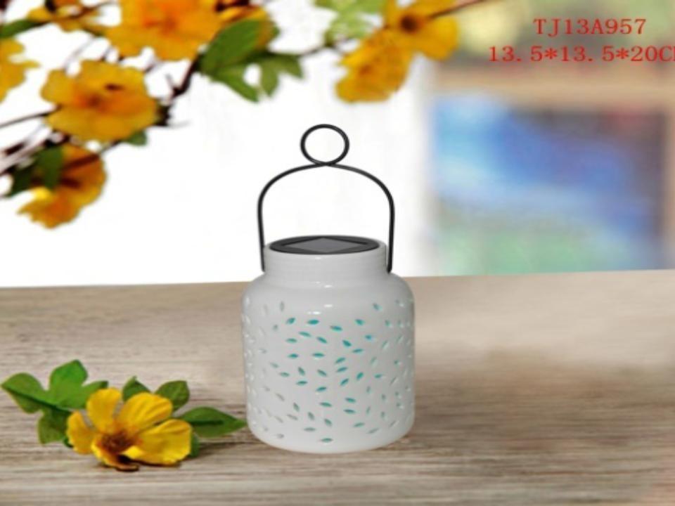 Ceramic Hanging Solar Lanterns (small white)