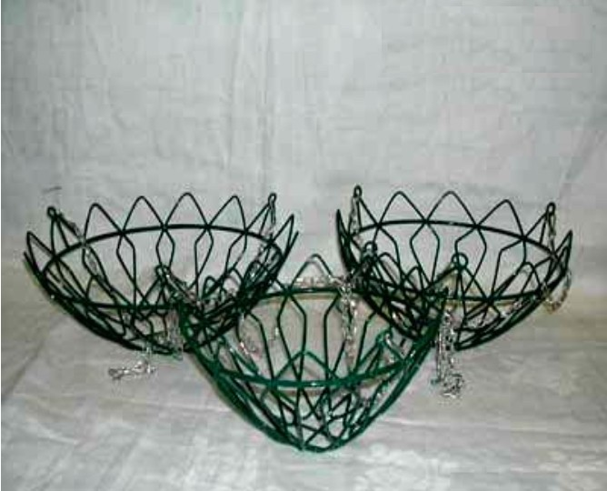 "Green Square Designer Wire Hanging Basket With Chain 12"" DIA X 5.5"" H"