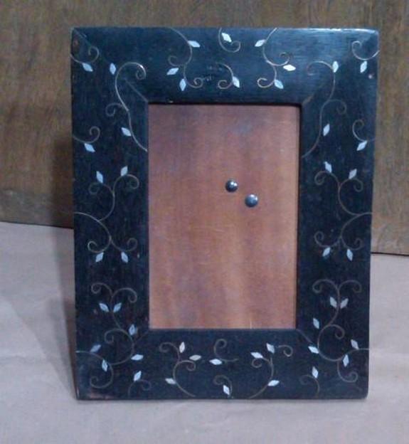 Black Decorative Wooden Photo Frame