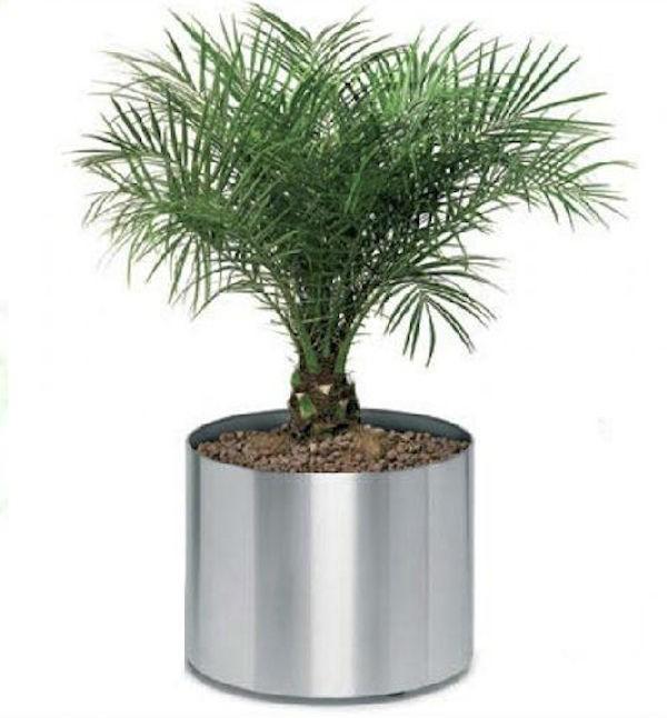 Circular Silver Planters Size 18 cm X 15 cm