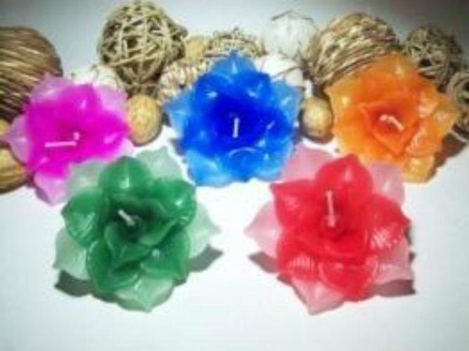 Decorative Handmade Lotus Shape Floating Candle(1 Pcs)