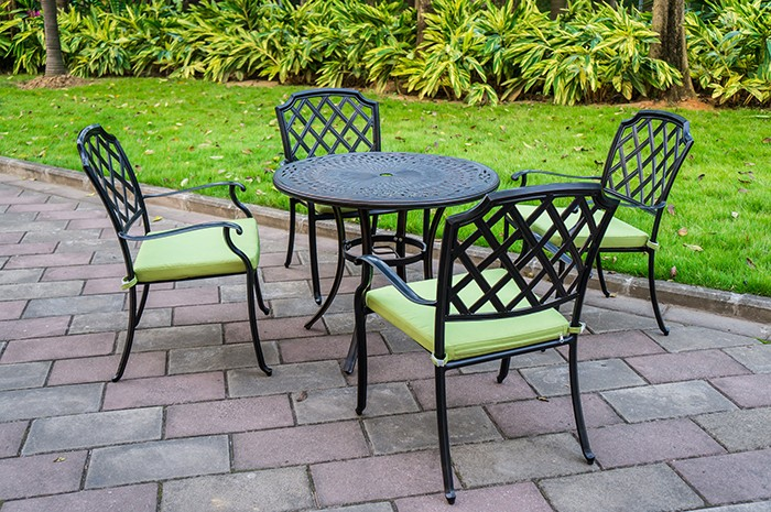 Durable Aluminum Chair With Green Cushion