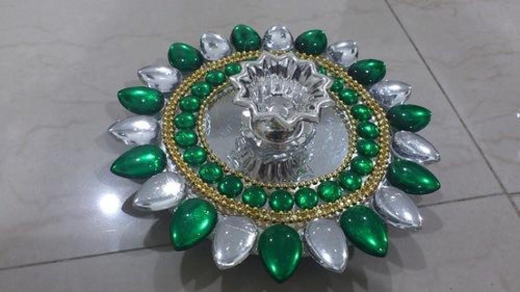 Green Decorative Floating Kundan Lamp