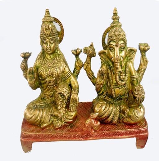 "Laxmi Ganesh Sitting On Base, 6"" X 7"""