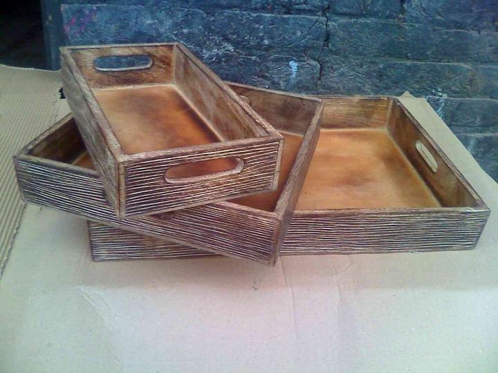 """Medium Wooden Construction Whitewashed Tray 15'' x 10"""""""