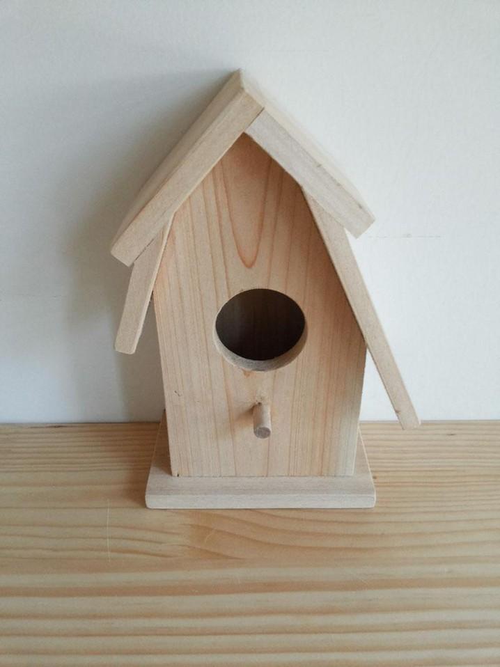 Simple Designed Fir Wood Bird House