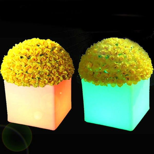 High Quality Cube Shape Plastic Led Planter