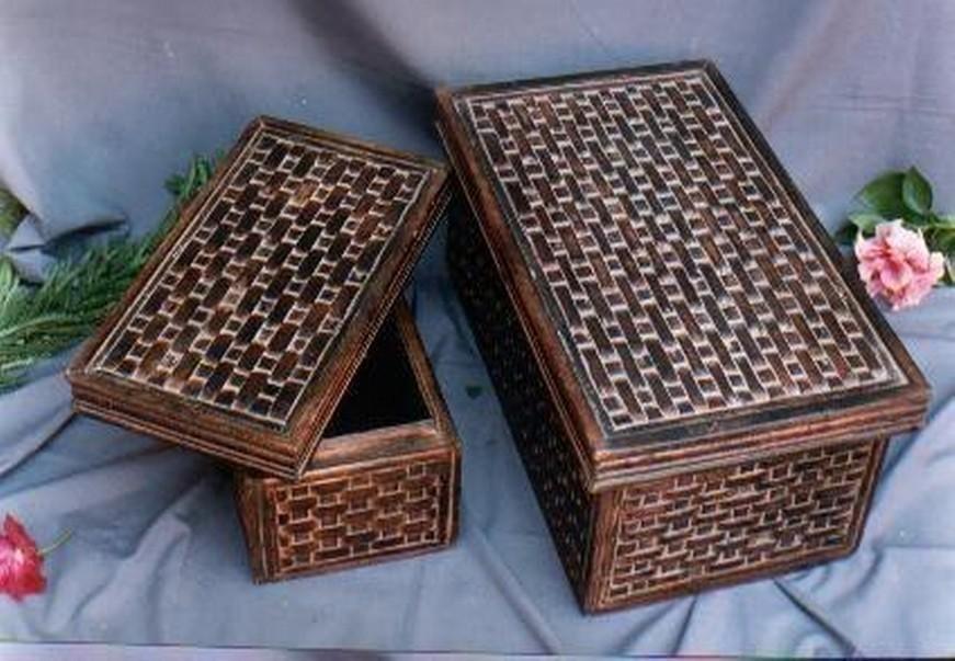 "15'' x 8''x 5"" Medium Natural Brown Wooden Box Wall Design"