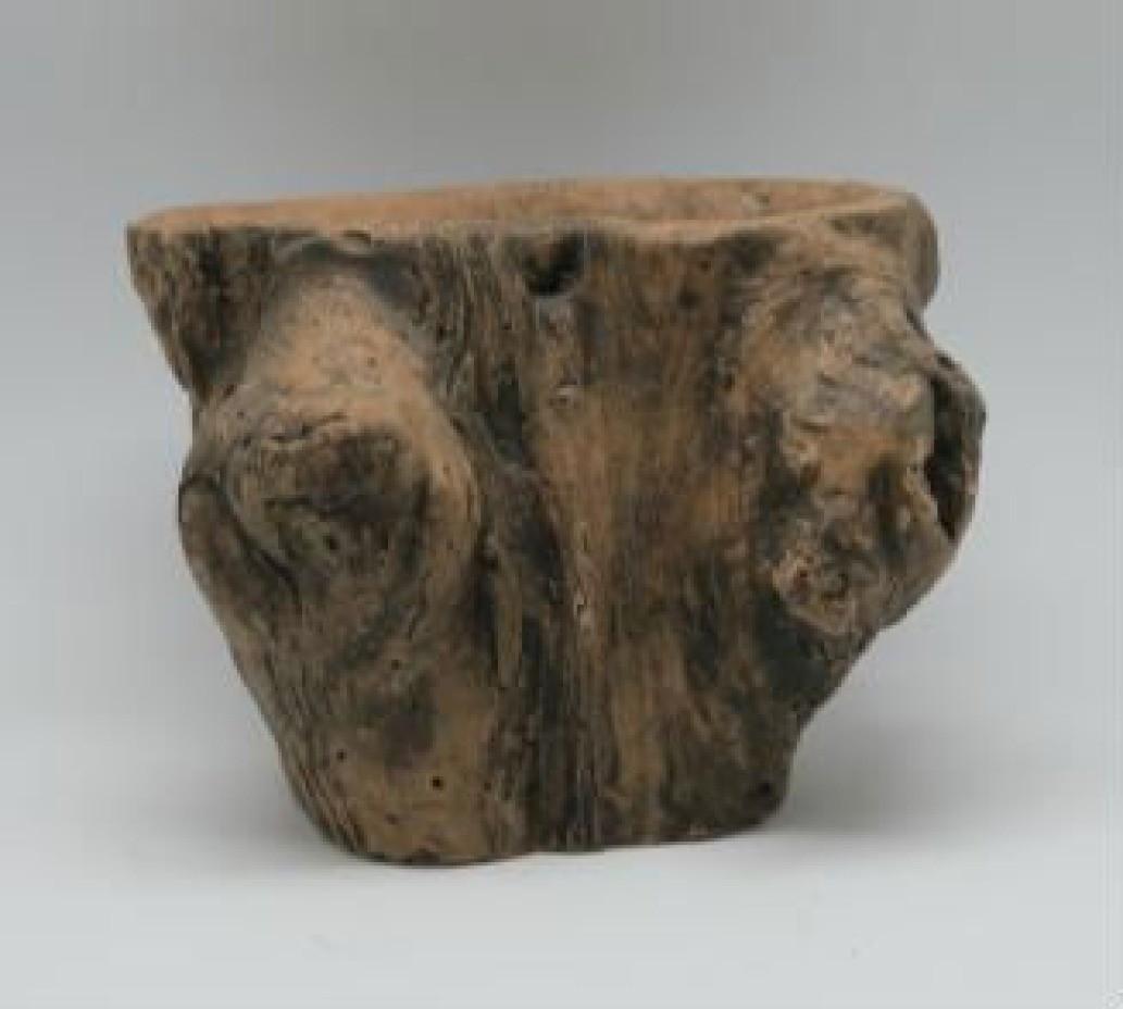 Natural Wood Finish 25.5 Cm Fiberglass Pots
