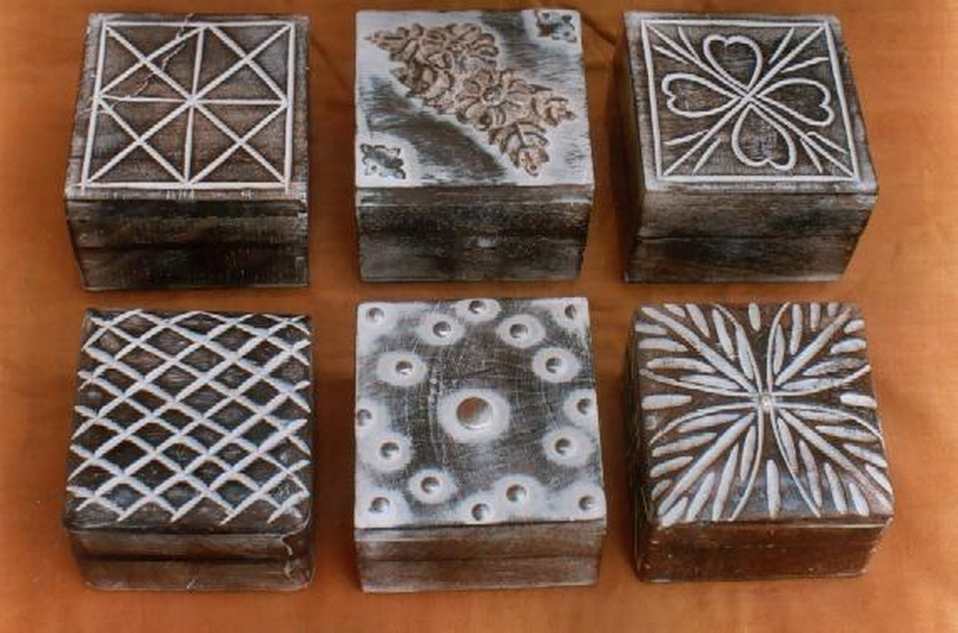 Natural Wooden Box Whitewashed With Metal Motif
