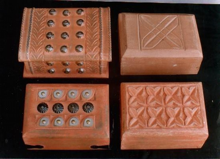 Wooden Oak Decorative Metal Work With Different Style Wood Box