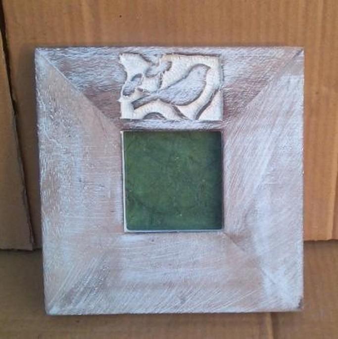 "4''x 4""Wooden Texture Curved  Bird Photo Frame"