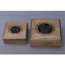 """Small Antique White Over Black Design Wooden Box (4'' x 4 """")"""