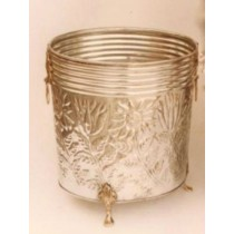 Brass Antique Planter Size 15 X 15 X 17 cm