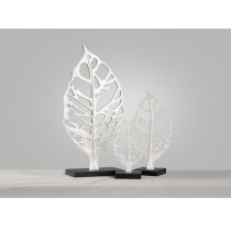 Brief handmade white resin maple leaf home decor (A)