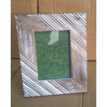 "Brown Wooden Whitewashed Lining photo Frame(4'' x 6"")"