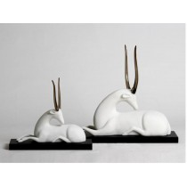 Christmas decorative deer sculpture (B)