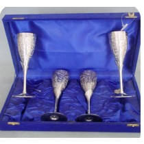 Goblet Set Of 4 Pcs In Velvet Box