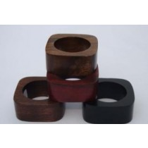 Set Of 4 Multicolored Wooden Napkin Rings