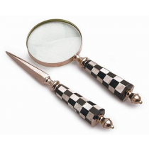 2 Pc Magnifier Set With Checkered Design Handle