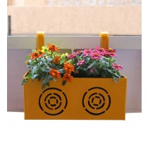 Metal Circle Design 14 Inch Railing Box Planter