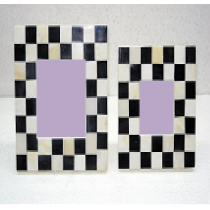 Chessboard design photo frame, 7 x 5""