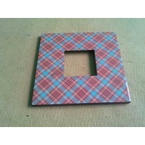 Decorative Hand Work Checks Pattern Photo Frame