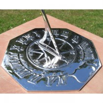 Decorative Navigator Garden Sundial