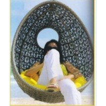 Decorative Pattern Egg Shape Garden Vertical Swing