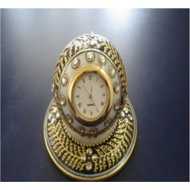 Diamond Embossed Round Clock