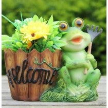 Frog Holding Garden Fork Welcome Sign Polyresin Planter