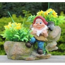 Garden Sitting Gnome With 2 Decorative Planter