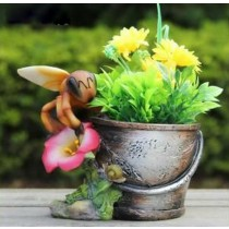 Polyresin 12.7cm Garden Planter With Bee