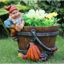 Gnome With Vegetable Garden Planter