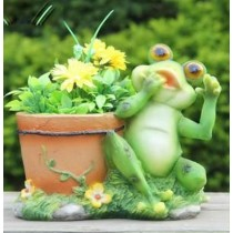 Green Frog Decorative Garden Planter Sculpture