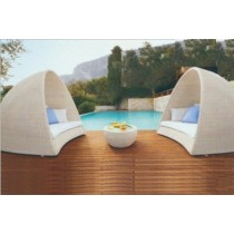 Half Round Shape Pool Side Bed With Cushion