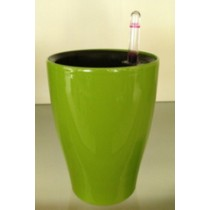 High Quality Plastic Self-Watering Planter