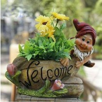 New Gnome Welcome Sign Garden Planter