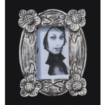 Oval Shaped 4 x 6 Photo Frame