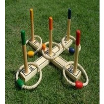 Quoits Pine Wood Set With 5 Rings