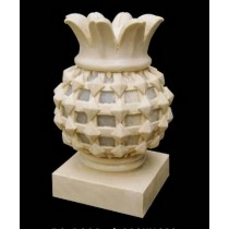 Sandstone Pineapple Garden Lamp With Base