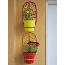 Set Of 2 Red & Yellow Oval Wall Pot Holders