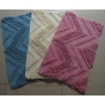 Small-Chenille Design Bath Mat