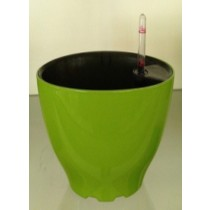 Superior Quality Plastic Self-Watering Planter
