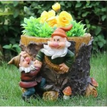 Unique Decorative Two Gnome Garden Planter