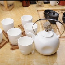 Good quality ,White ceramic tea set