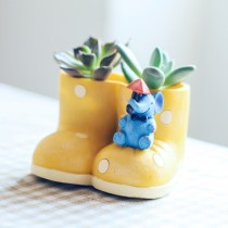 High Quality Yellow Boot Shape Ceramic Pot