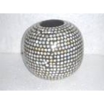 Mother Of Pearl round shape Vase