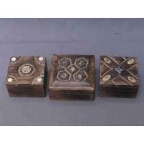 "4''x 4""Mango Wood Square Cutout Design Wooden Box"